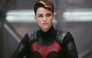 "Ruby Rose explica o motivo de ter deixado ""Batwoman"""