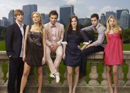 """Série derivada de """"Gossip Girl"""" tem lançamento adiado para 2021"""