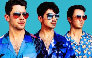 """Jonas Brothers anunciam lançamento de """"5 More Minutes"""", que chega na sexta (15)"""