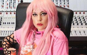 """Lady Gaga revela que se emocionou ao encontrar Ariana Grande na gravação de """"Rain On Me"""""""