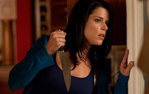 """Neve Campbell está em negociações para retornar a """"Pânico 5"""""""
