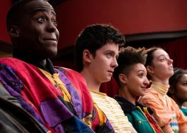 """Netflix pretende gravar 3ª temporada de """"Sex Education"""" em agosto"""
