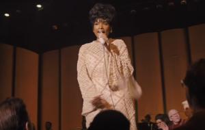 """Saiu! Veja Jennifer Hudson vivendo Aretha Franklin no trailer poderoso de """"Respect"""""""