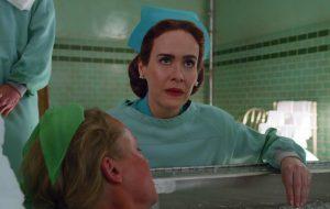 """""""Ratched"""", nova série de Ryan Murphy estrelada por Sarah Paulson, ganha primeiras imagens!"""