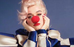 """Katy Perry mostra capa do álbum """"Smile"""" e anuncia lançamento de música para amanhã (10)"""