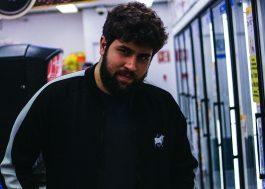 """Zebu, um dos grandes produtores do pop nacional, lança primeiro EP solo: """"ZB1"""""""