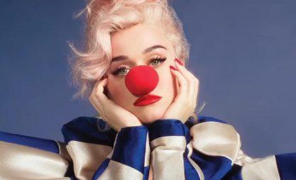 "Fã recria capa de ""Smile"" e Katy elogia"