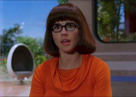 """Velma era explicitamente lésbica no roteiro original de """"Scooby-Doo"""", revela James Gunn"""