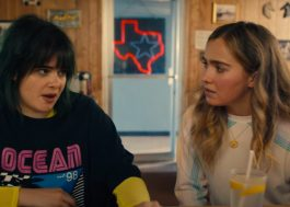 "Haley Richardson pede favor inusitado a Barbie Ferreira no trailer de ""Unpregnant"""