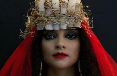 Cantora é atração do Coala Festival, que acontece neste sábado (12). Foto: Divulgação