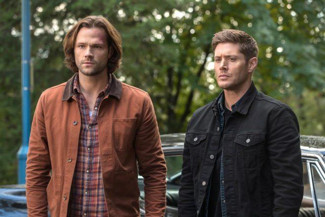 """Jared Padalecki e Jensen Ackles na série """"Supernatural"""" (Reprodução)"""