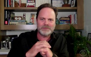 """The Office"": Rainn Wilson imagina como seria a reação de Dwight à pandemia"