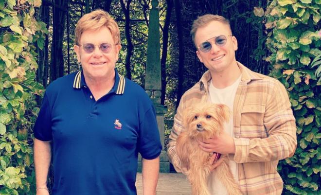 Elton John e Taron Egerton se encontram para almoço (Reprodução)