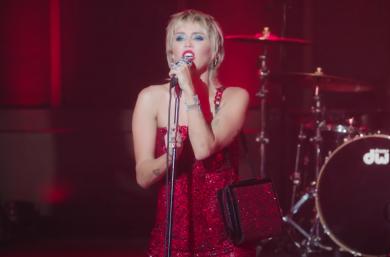 """Miley Cyrus no """"The Tonight Show"""" (Reprodução)"""
