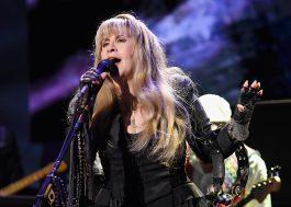"""Maravilhosa, Stevie Nicks anuncia lançamento de """"24 Karat Gold: the Concert"""", novo disco ao vivo"""