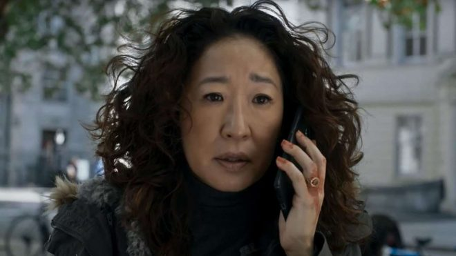 """Sandra Oh em cena de """"Killing Eve"""" (Reprodução)"""