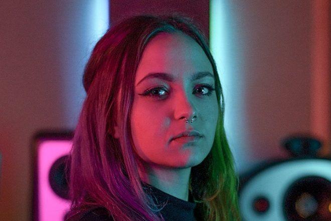 Mayra fotografada por Samantha Garrote (Divulgação)