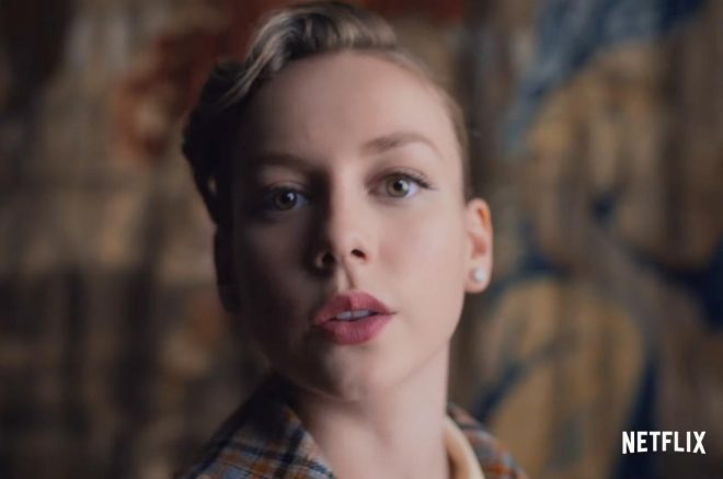 """Ester Expósito em teaser da série """"Alguém Tem Que Morrer"""", da Netflix (Reprodução)"""