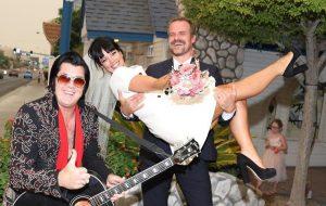 Lily Allen e David Harbour estão casados; confira fotos da cerimônia!