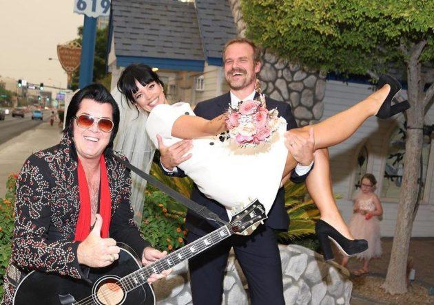 Lily Allen e David Harbour se casam Las Vegas (Reprodução)