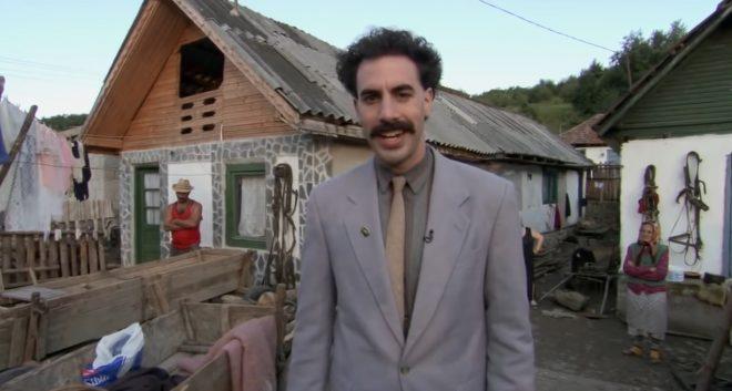 """Sacha Baron Cohen em """"Borat"""" (Reprodução)"""