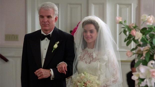 """Steve Martin e Kimberly Payne Williams-Paisley em """"O Pai da Noiva"""" (Reprodução)"""