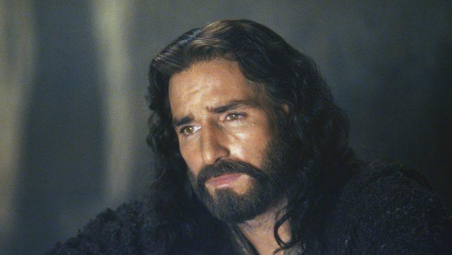 """Jim Caviezel em """"A Paixão de Cristo"""" (Reprodução)"""