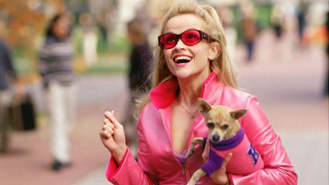 """Reese Witherspoon em """"Legalmente Loira"""" (Reprodução)"""