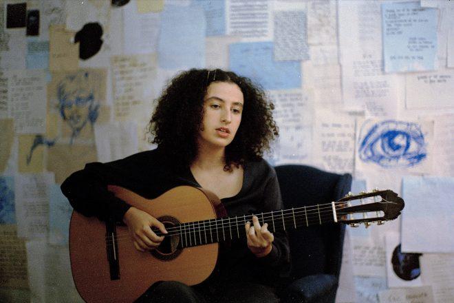 Dora Morelenbaum em foto promocional (Divulgação/ Lucas Nogueira e Lucas Nunes)