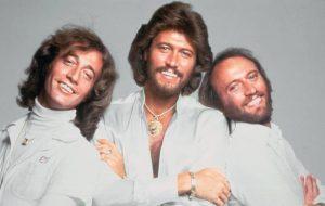 Trailer de documentário da HBO sobre Bee Gees mostra carreira, desavenças e dificuldades da fama
