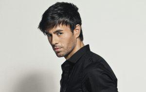 """Enrique Iglesias será reconhecido como """"Maior Artista Latino De Todos Os Tempos"""" pela Billboard"""