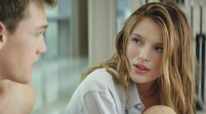 """Bella Thorne em """"Fica Comigo"""" (Reprodução)"""