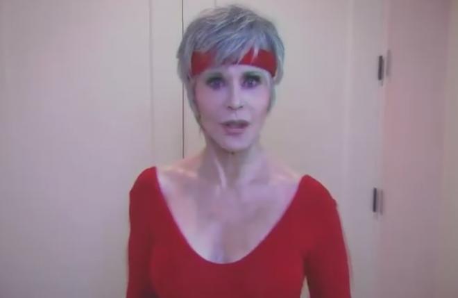 Jane Fonda em vídeo da campanha Exercise That Vote (Reprodução)