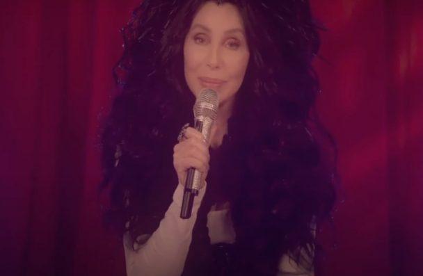 """Cher no """"I Will Vote"""" (Reprodução)"""