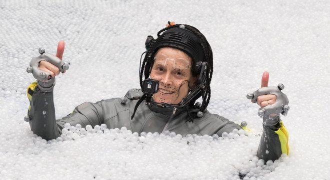"""Sigourney Weaver no set de """"Avatar 2"""" (Divulgação)"""