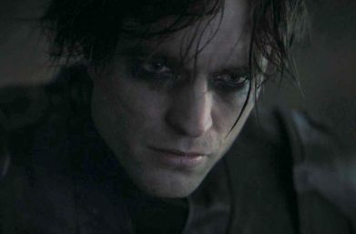 "Robert Pattinson em ""The Batman"" (Reprodução)"