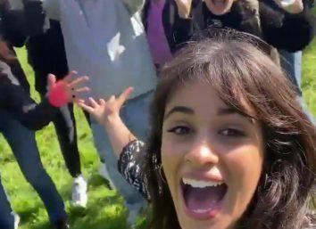 Camila Cabello em vídeo publicado no Instagram (Reprodução)