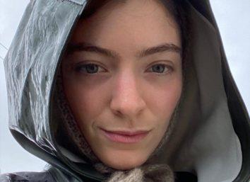Lorde em foto publicada no Instagram Stories (Reprodução)