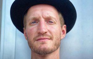 Jeremiah Fraites, baterista do The Lumineers, lança dois singles solo e anuncia álbum