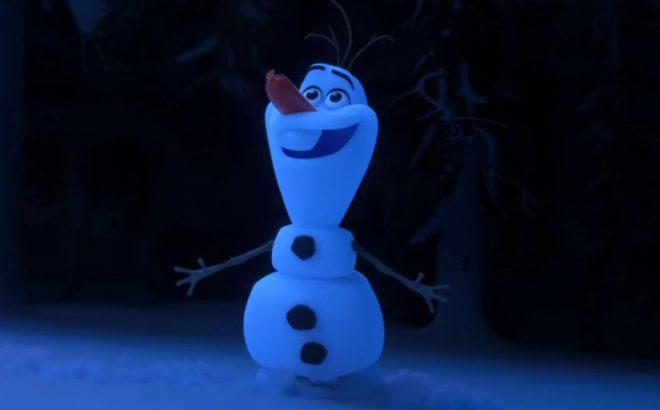 """Olaf em trailer do curta-metragem """"Once Upon a Snowman"""" (Reprodução)"""