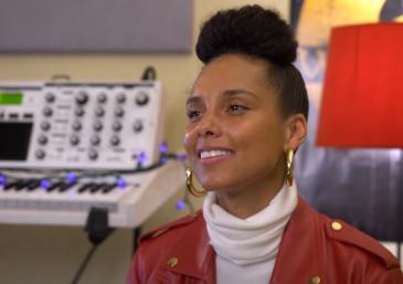 """Alicia durante gravação do vídeo """"The B Sides"""" (Reprodução)"""