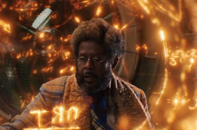 """Forest Whitaker em trailer de """"Uma Invenção de Natal"""" (Reprodução)"""