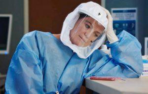 """Primeiro trailer da 17ª temporada de """"Grey's Anatomy"""" mostra combate ao coronavírus"""
