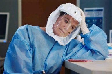 """Ellen Pompeo em foto das gravações de """"Grey's Anatomy"""" (Divulgação/ABC)"""