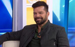 """Ricky Martin entra para o elenco de """"Uma Invenção de Natal"""" com Forest Whitaker"""
