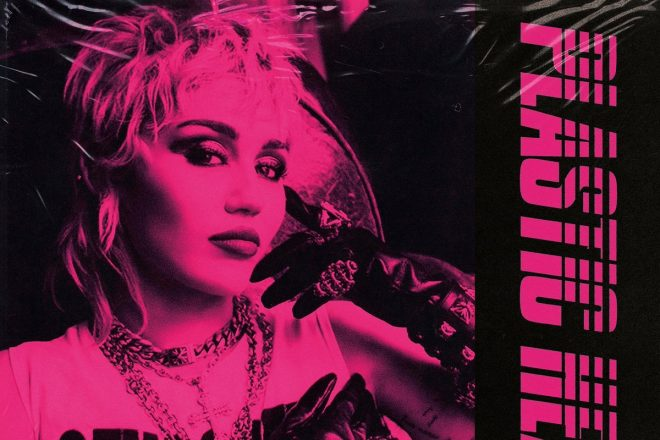 """Capa do álbum """"Plastic Hearts"""" (Divulgação)"""