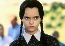 Tim Burton irá produzir série sobre a família Addams