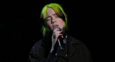 Billie Eilish em apresentação no Oscar (Reprodução)