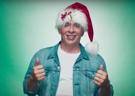 """""""Tudo Bem no Natal que Vem"""": novo teaser do filme traz Leandro Hassum em sessão de fotos"""