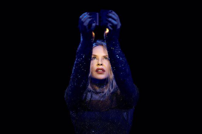 Minogue será a estreante da tecnologia (Foto: Charlie Gray)